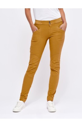 LOOKING FOR WILD LAILA PEAK PANTS - APRICOT